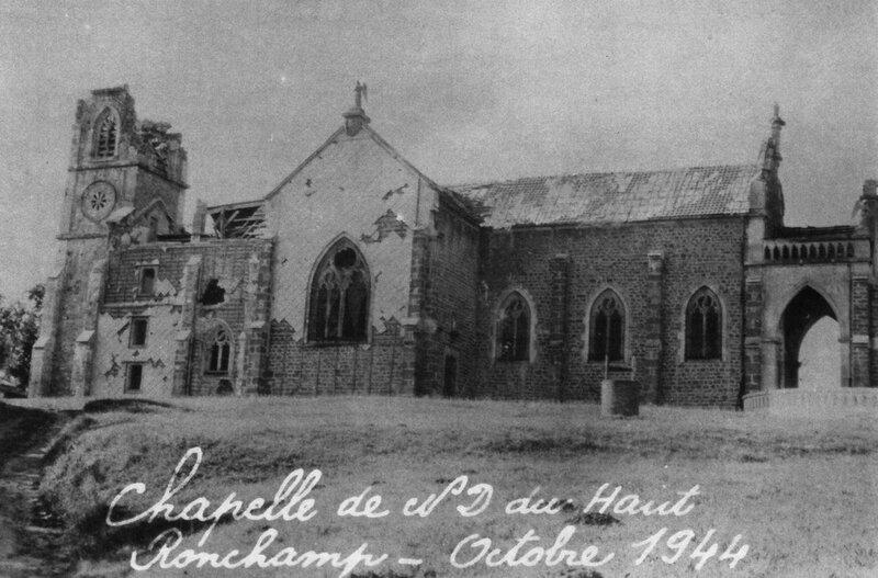 CPA Ronchamp Notre-Dame du Haut 1944 Après bombardement 2