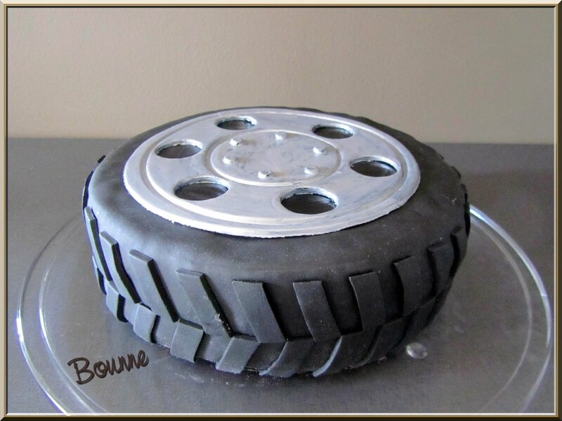 Gâteau pneu (8)