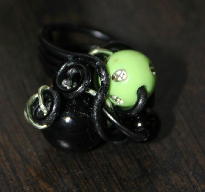 parure (46-1) vert-noir