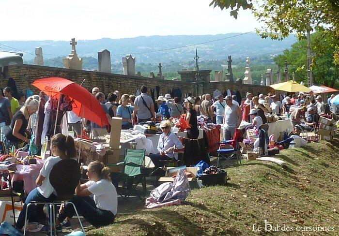 111 Blog Cimetière Ville Saint Marcel Bel Accueil Vide grenier