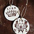 Etiquettes rondes motif papillon ou couronne