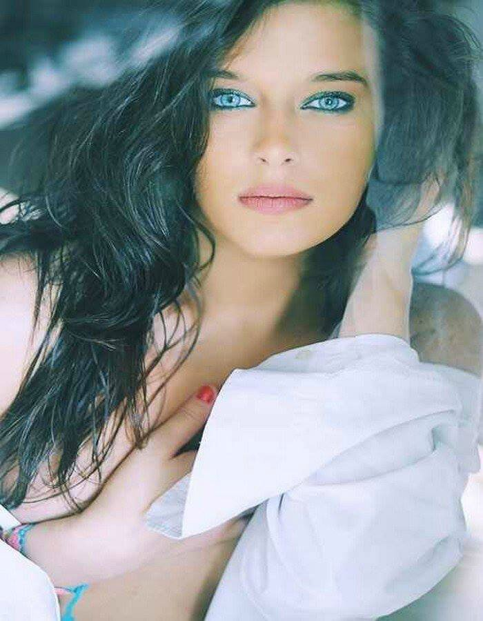 Sexy Italian Woman With Blue Eyes