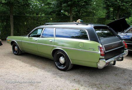 Dodge coronet custom de 1973 (7500 ex)(9ème Classic Gala de Schwetzingen 2011) 02