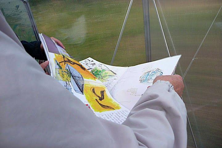 Semer des dessins, serre d'exposition