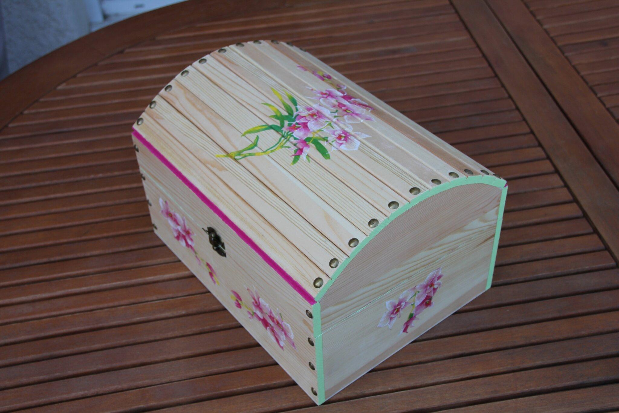 Comment enlever peinture acrylique sur bois for Peinture acrylique sur bois brut
