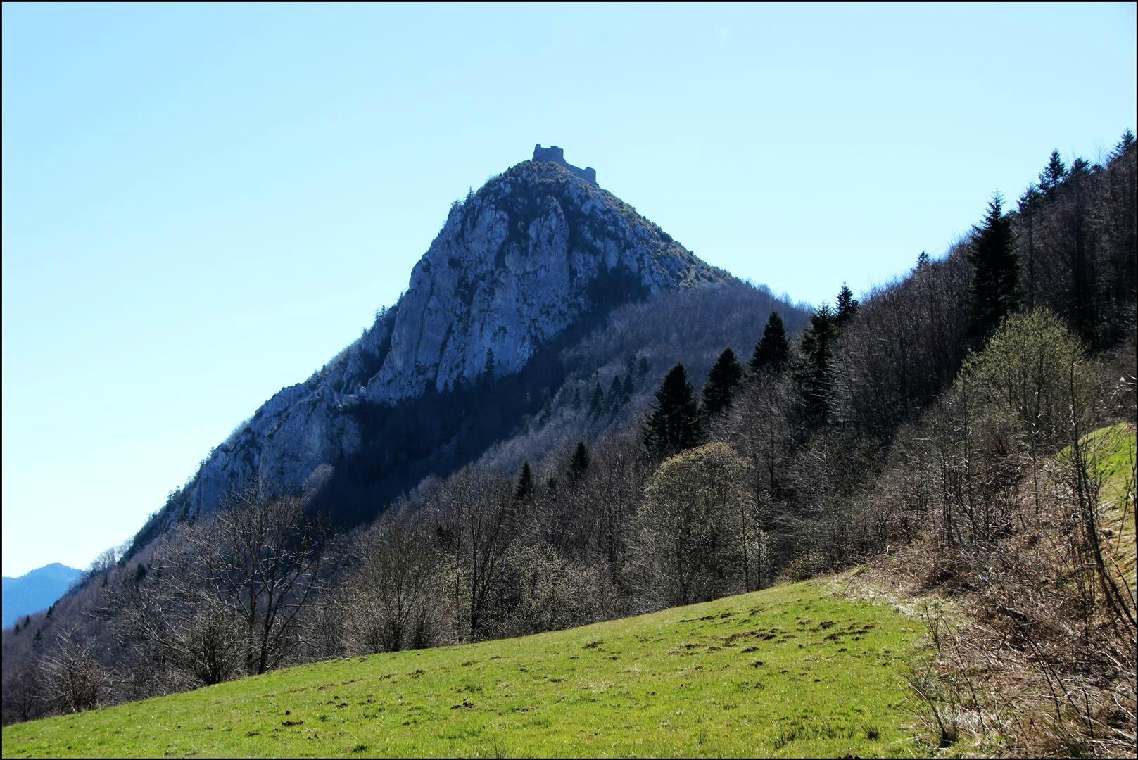 Un incontournable du Pays Cathare, Montségur.
