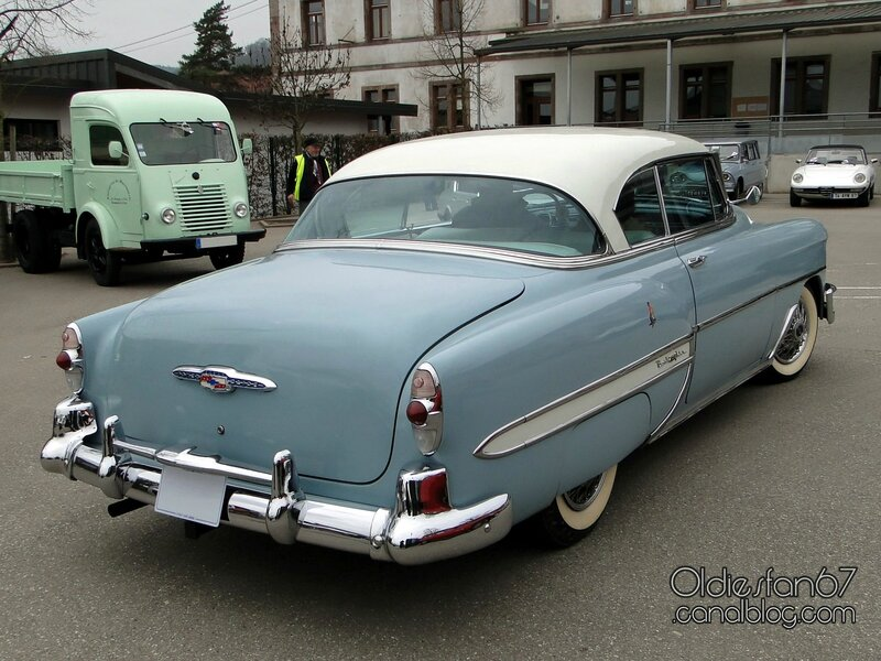chevrolet-bel-air-coupe-1953-02