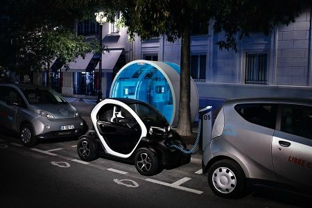 renault twizy ft cathy et david guetta look out. Black Bedroom Furniture Sets. Home Design Ideas