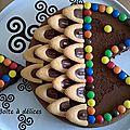 Gâteau d'anniversaire au chocolat, en forme de poisson
