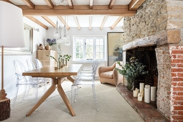 A+Modern+Refurbishment+of+a+Country+House+in+Oxfordshire+by+Louise+Holt+(4)[1]