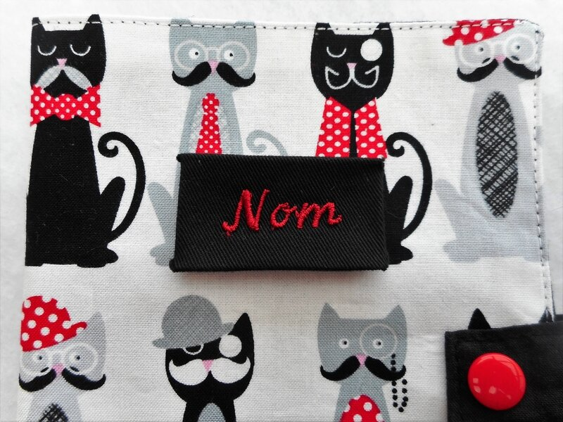 Protège carnet chats moustaches zoom