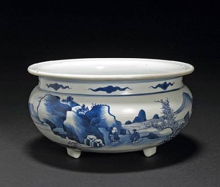 A_blue_and_white_porcelain_tripod_censer