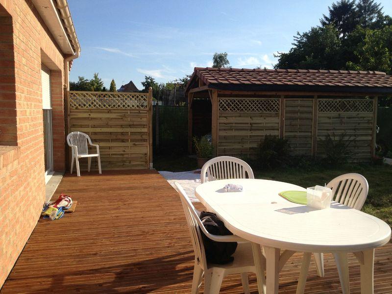 la terrasse est termin e j 39 ai longuement h sit. Black Bedroom Furniture Sets. Home Design Ideas