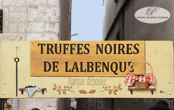 LALBENQUE_panneau_truffes