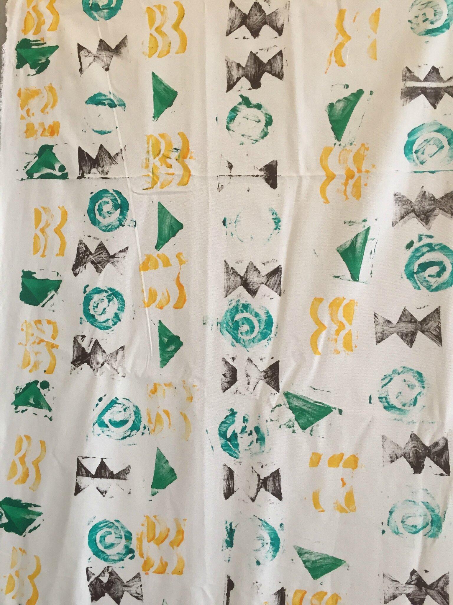 Peinture sur tissus motifs africains flo la maternelle - Motifs africains maternelle ...