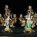 Paire de candlabres  trois lumires. Meissen, second quart du XVIIIe sicle & France, poque Louis XV, vers 1740-1745