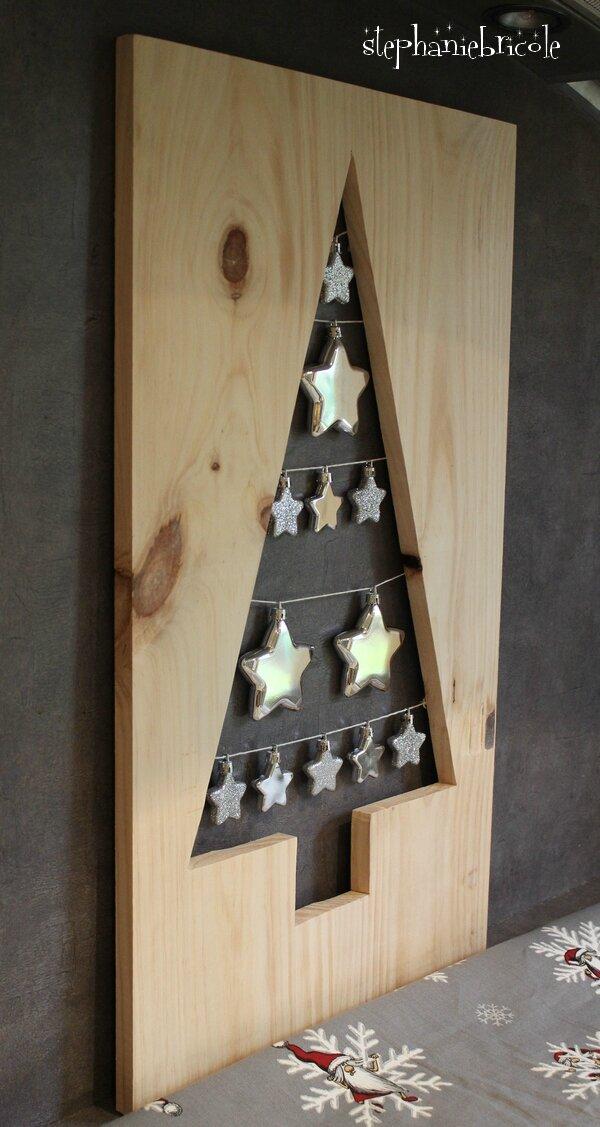 DIY : Un sapin perforé dans une planche de bois ...