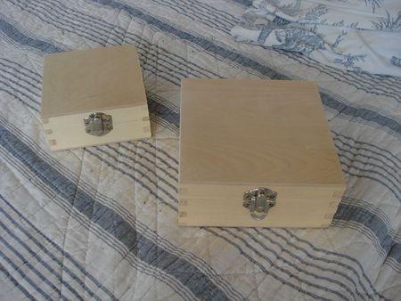 2 petites boîtes en bois (3)