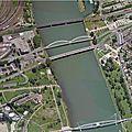 Strasbourg : le tramway franchit le rhin