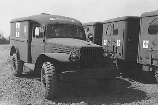 Dodge-WC54-ambulance-4