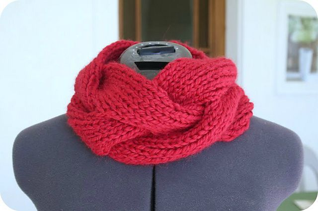 Vite Cowl Knitting Pattern : Lovely Little Knit