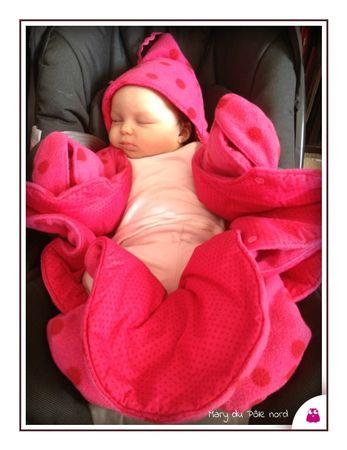 photo(1)-mademoiselle_kallounette_fraise_strawberry_kalounette_les moutons de kallou_babynomade_combi_combinaison_pilote