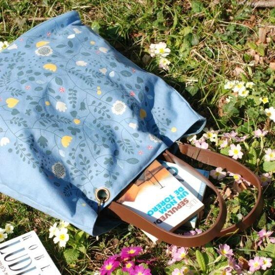 sac bleu mini labo fleurs