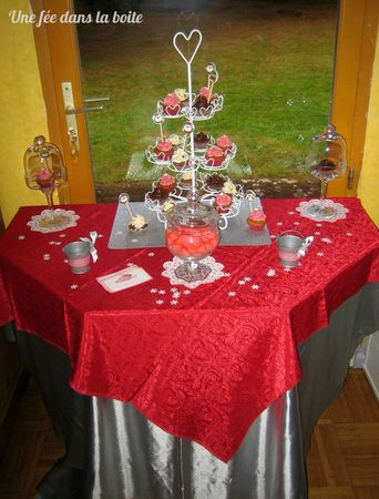 Sweet-table-rouge-argent