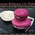 Macaron religieuse à la violette