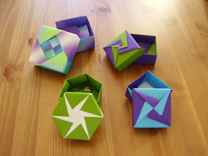 quatre bo tes diff rentes r alis es par m mhlix origami. Black Bedroom Furniture Sets. Home Design Ideas