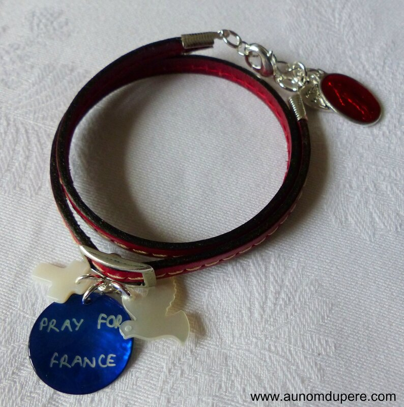 Bracelet en cuir double tour Pray for France (rouge)