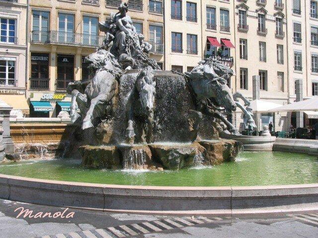 lyon et sa fontaine