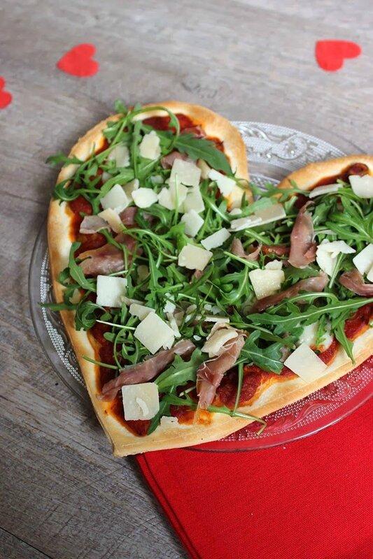 pizza-forme-coeur-saint-valentin