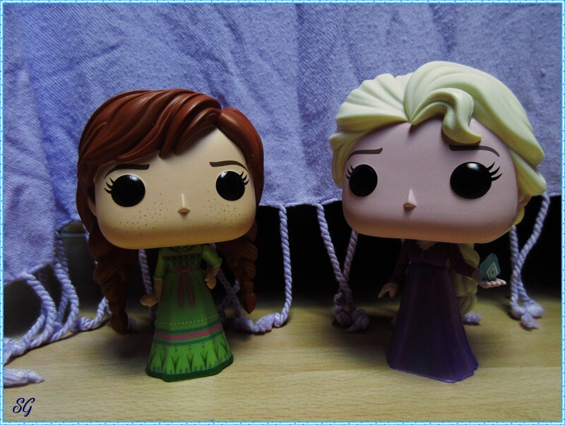 Frozen sisters Pop (8)