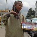 Visages d'Addis Abeba : Jeune vendeur