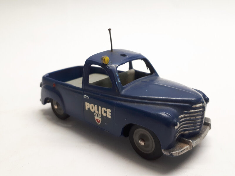 #365a-Renault Colorale Police (2)