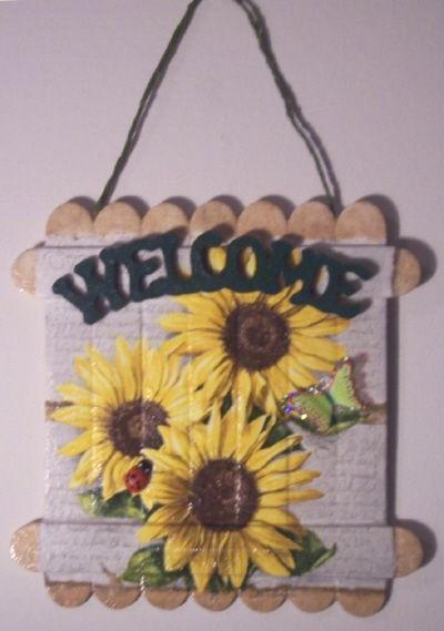 Sunflowers welcome sign