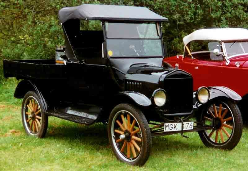 1923_Ford_Model_T_Pickup_MGK176