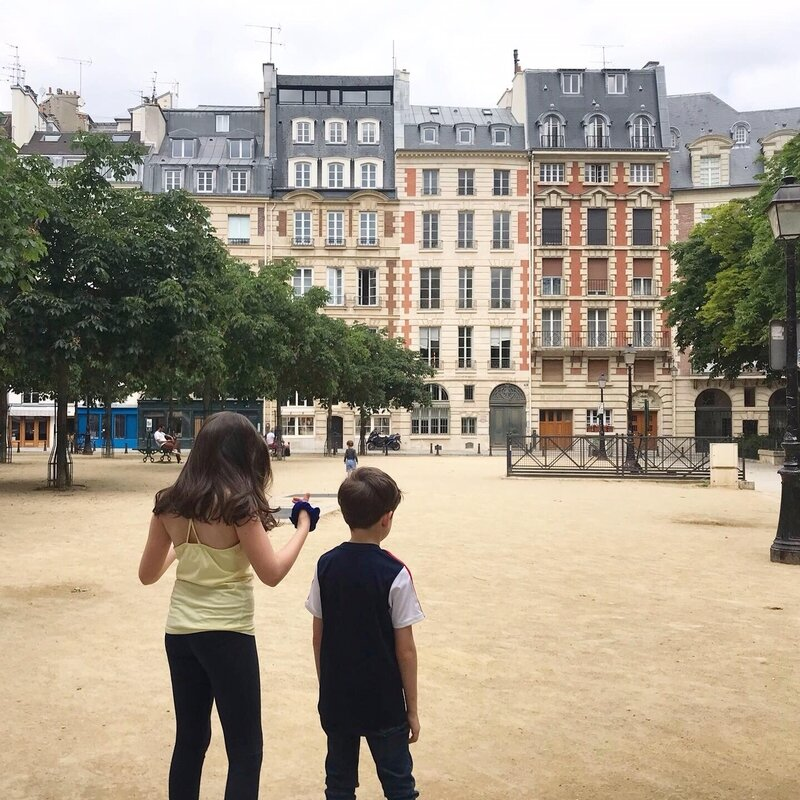 Place Dauphine ©Kid Friendly