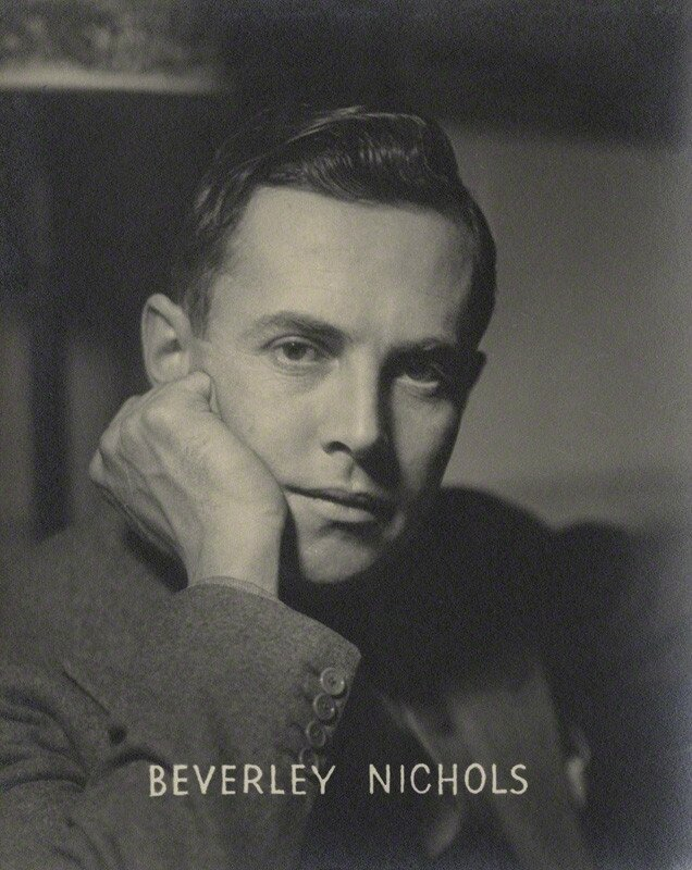 Beverley-Nichols-by-Howard-Coster-1940s-NPG-license