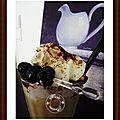 Un bon café liégeois, pépites de chocolat et cerises amarenas....tout un programme!