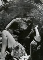 Wicker_sitting_inspiration-Katharine_Hepburn-1935