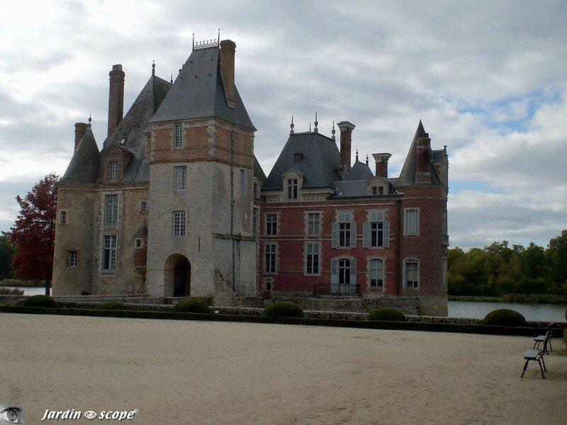 La collection d'articles de pêche du Château de La Bussière (45)