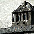 Les petites édifices.