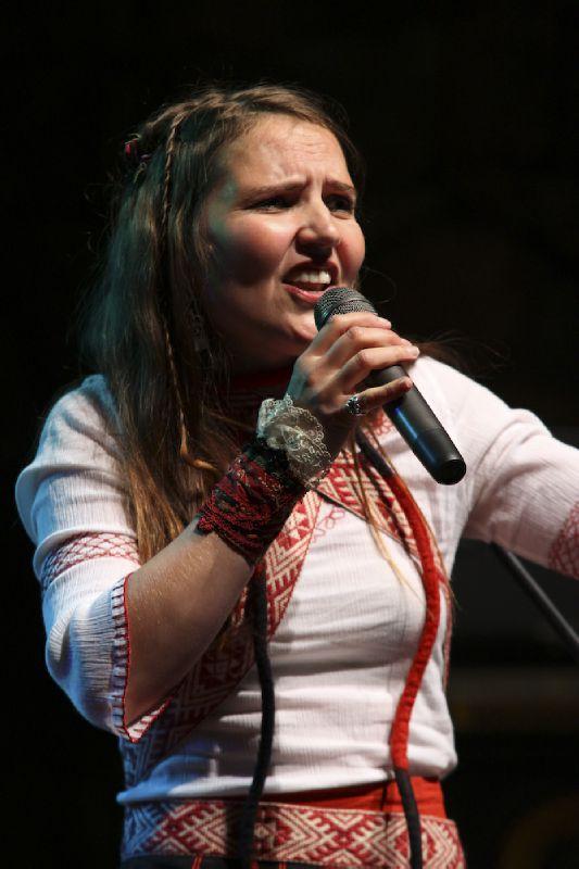 KaroliinaKantelinen-Etnofest-Palic-2011-1