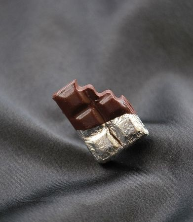 bague_tablette_de_chocolat_croqu_e_8_euros