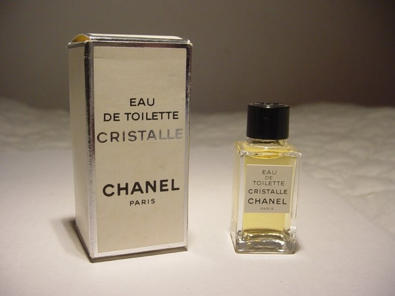 CHANEL-CRISTALLE-CARRE