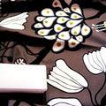 Coton marron à fleurs