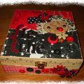 Boîte à thé décorée de Gauthilanne