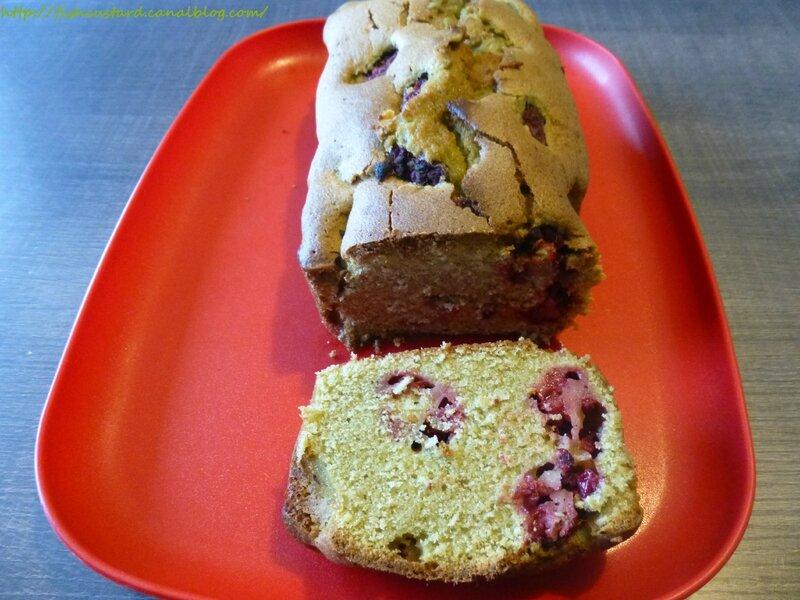 Cake au matcha et aux framboises (14)
